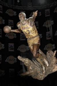 "Earvin ""Magic"" Johnson - Sculture"