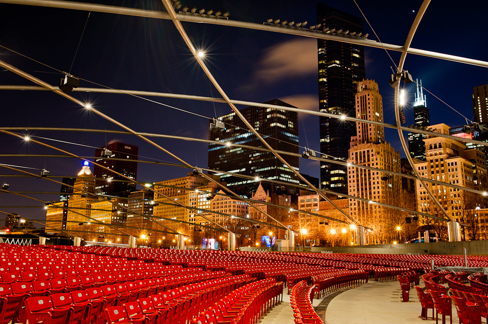 chicago-night-pritzker-pavilion