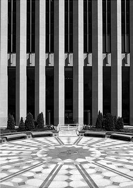 photograph-of-aon-building-chicago