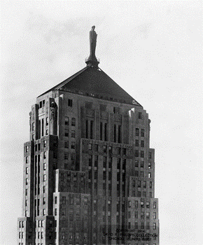 166-ceres-statue-top-of-the-board-of-trade-1949